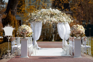 Mire kell ügyelni az esküvői virágdekorációval kapcsolatban?